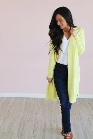 LEMON DROP ESSENTIAL CARDIGAN