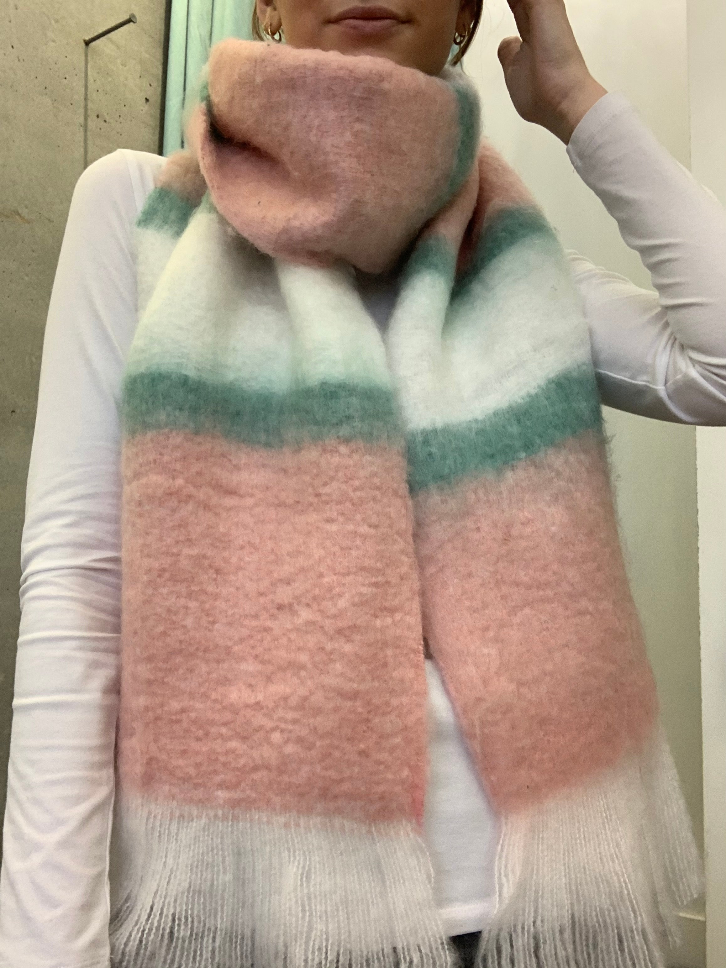 COTTON CANDY SCARF 112920