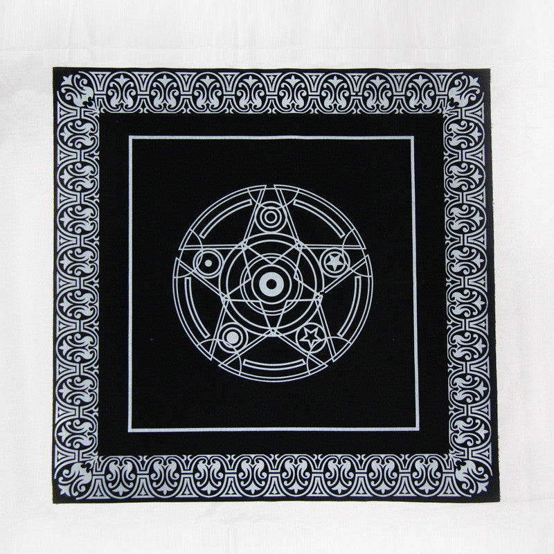 49*49cm Black Tarot game Tablecloth divine tool flannelette Beautiful Star pentacle Game Tarot Board Game mat Accessories