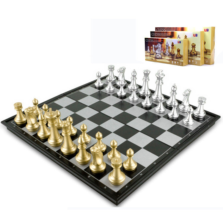U3 magnetic gold and silver folding chess game 32x32x2.1CM