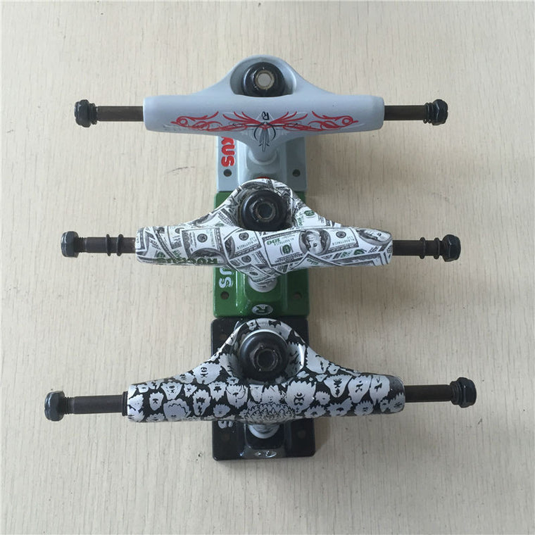 "2Pcs Quality 5.0""Low Rocus Skate board Truck made by Aluminum with design USD DOLLER and color logo Trucks for 7.5-8 inch decks"