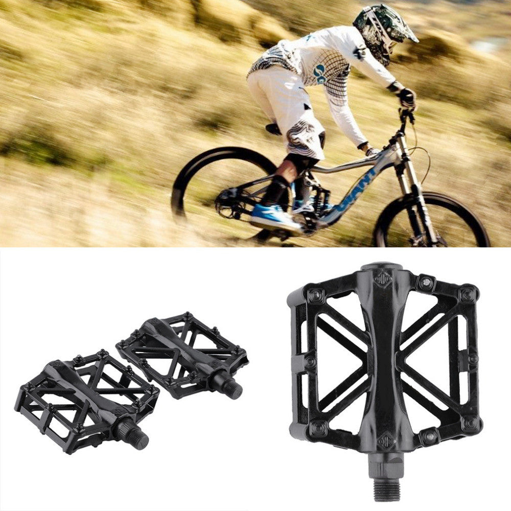 1 Pair Ultralight Aluminum Alloy Bicycle Pedals Mountain Bike Pedal MTB Road Cycling Riding Alloy Wellgo Pedal Treadle Black