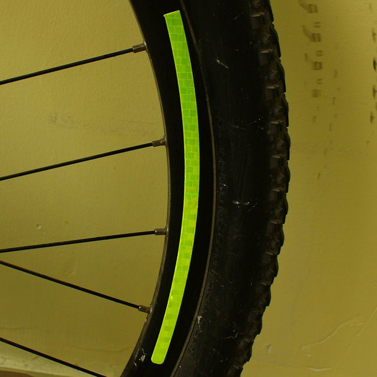 1Pcs Cycling Safety Reflective Bicycle Stickers Strips Fluorescent Road Bike Sticker Tire Wheel Rim Reflective Paster Warning