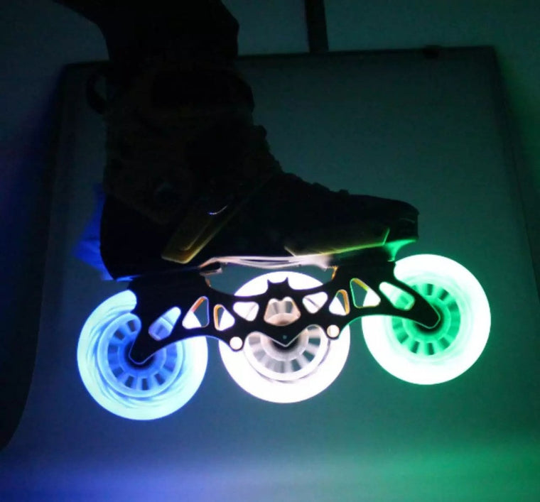 LED Flash Speed Skate Wheel 8 Pcs/Lot 100% Original 85A 90 100 110 Speed Skating Wheels LED Light Free Shipping
