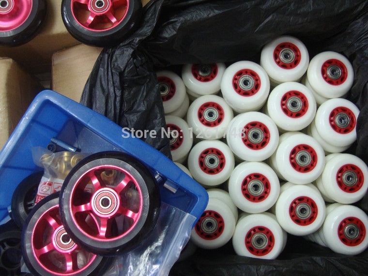 8PCS! (Including 608ABEC-7 bearings) Free shipping! 64 / 68mm wear resistant polyurethane wheels / skate wheels/roller wheels