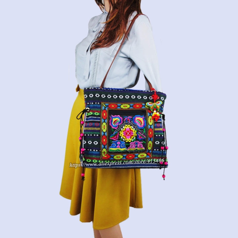 2-inside layer Vintage Hmong linen Bohemian hobo totes shopping bag embroidery handbags large shoulder bags travel bags 540B