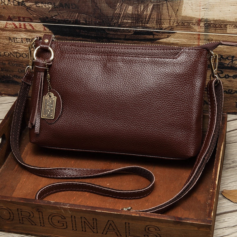 Factory Outlet Leather Messenger Bag 18 New Fashion Bag Casual Small Party Bag