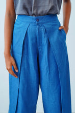 Load image into Gallery viewer, Mid Waist Denim Culotte