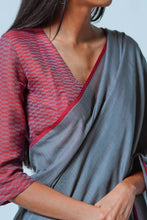 Load image into Gallery viewer, Urban Drape Shadow Glint Saree