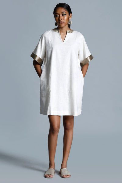 Mandarin Collar Jacquard Trimmed Over Size White Tunic