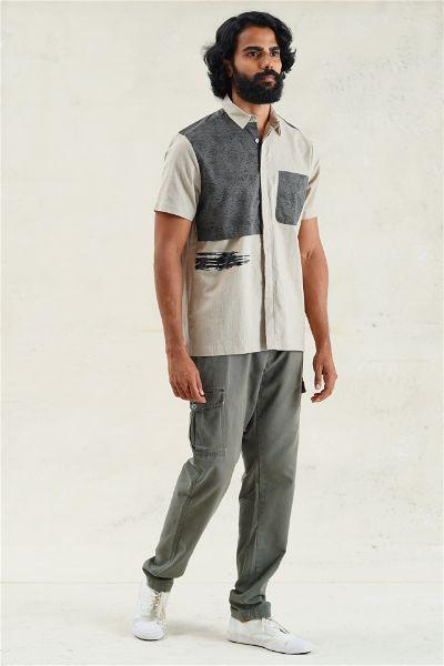Casual Short-Sleeve Shirt With Foil Brush Strokes
