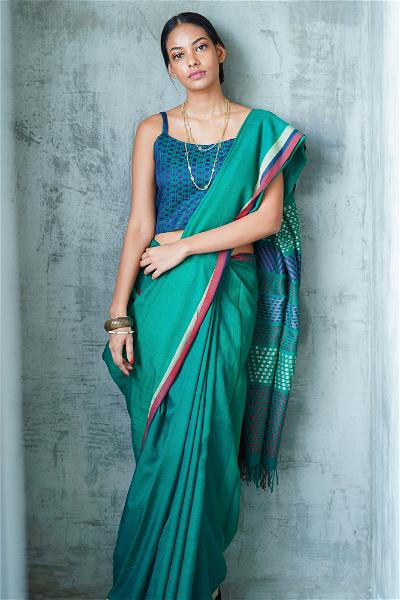Urban Drape Jasmine Breeze Hand Woven Saree