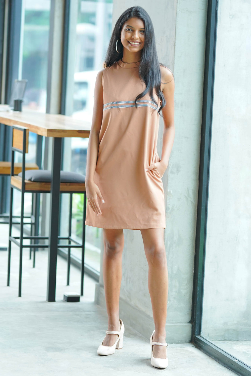 Shifting My way Dress (beige)