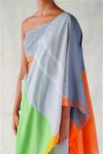 Load image into Gallery viewer, Urban Drape Coded Colour Saree