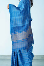 Load image into Gallery viewer, Urban Drape Vintage Denim Saree