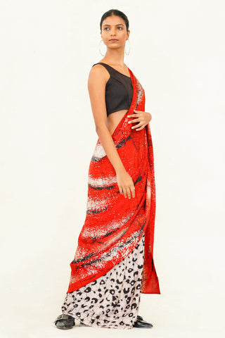 Urban Drape Queen Of Heart Saree