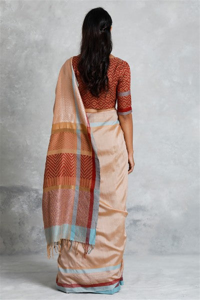 Urban Drape  Misty Mountains Saree