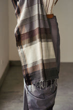 Load image into Gallery viewer, Urban Drape Grey Angeles