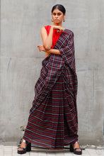 Load image into Gallery viewer, Urban Drape Back to Black saree