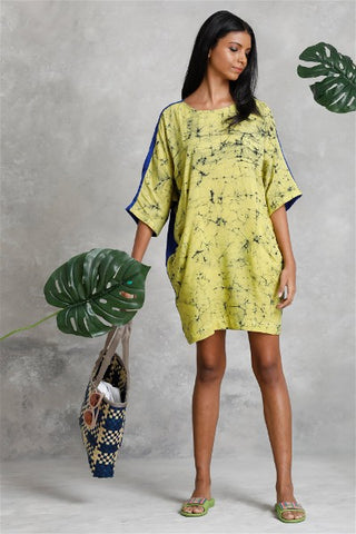 Non compos mentis kimono sleeve yellow dress
