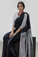 Load image into Gallery viewer, Urban Drape Serene Saree