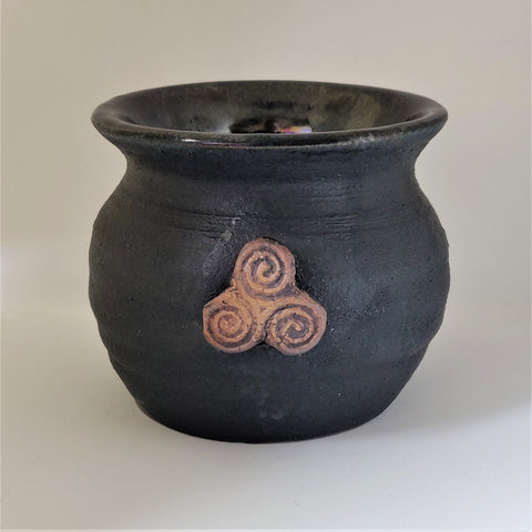 Mini Cauldron - Triple Spiral