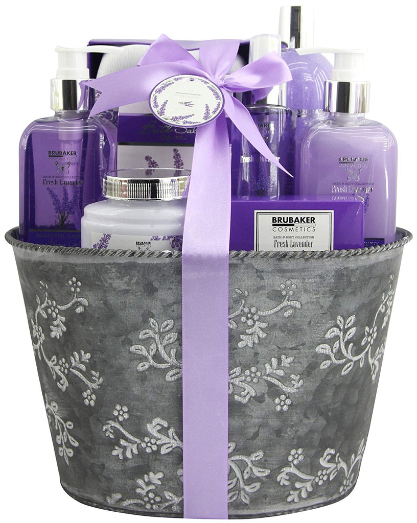 BRUBAKER Cosmetics 'Fresh Lavender' 9-Pieces Bath Gift Set in Vintage Planter 15QD03
