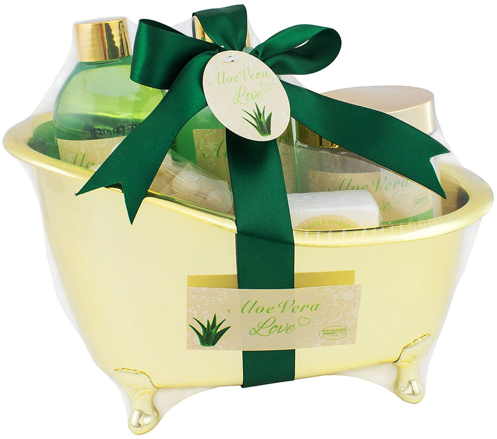 BRUBAKER Beauty Gift Set 'Aloe Vera Love' with Golden Bathtub, Bath Fizzer, Bubble Bath, Shower Gel, Bath Salt, Soap