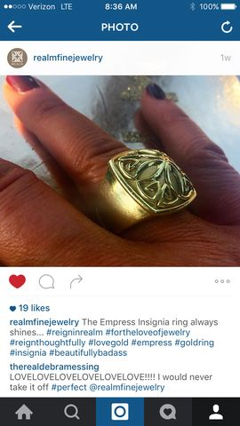 REALM Jewelry Debra Messing