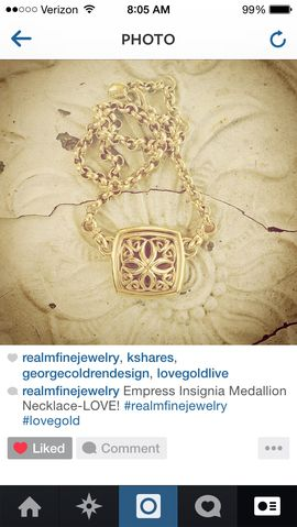 REALM Jewelry Love Gold Live