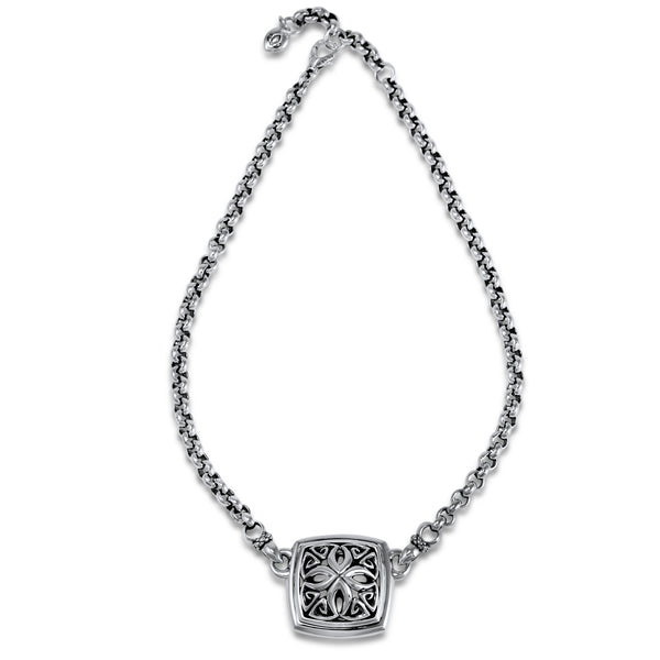 Insignia Empress Luxe Medallion Necklace