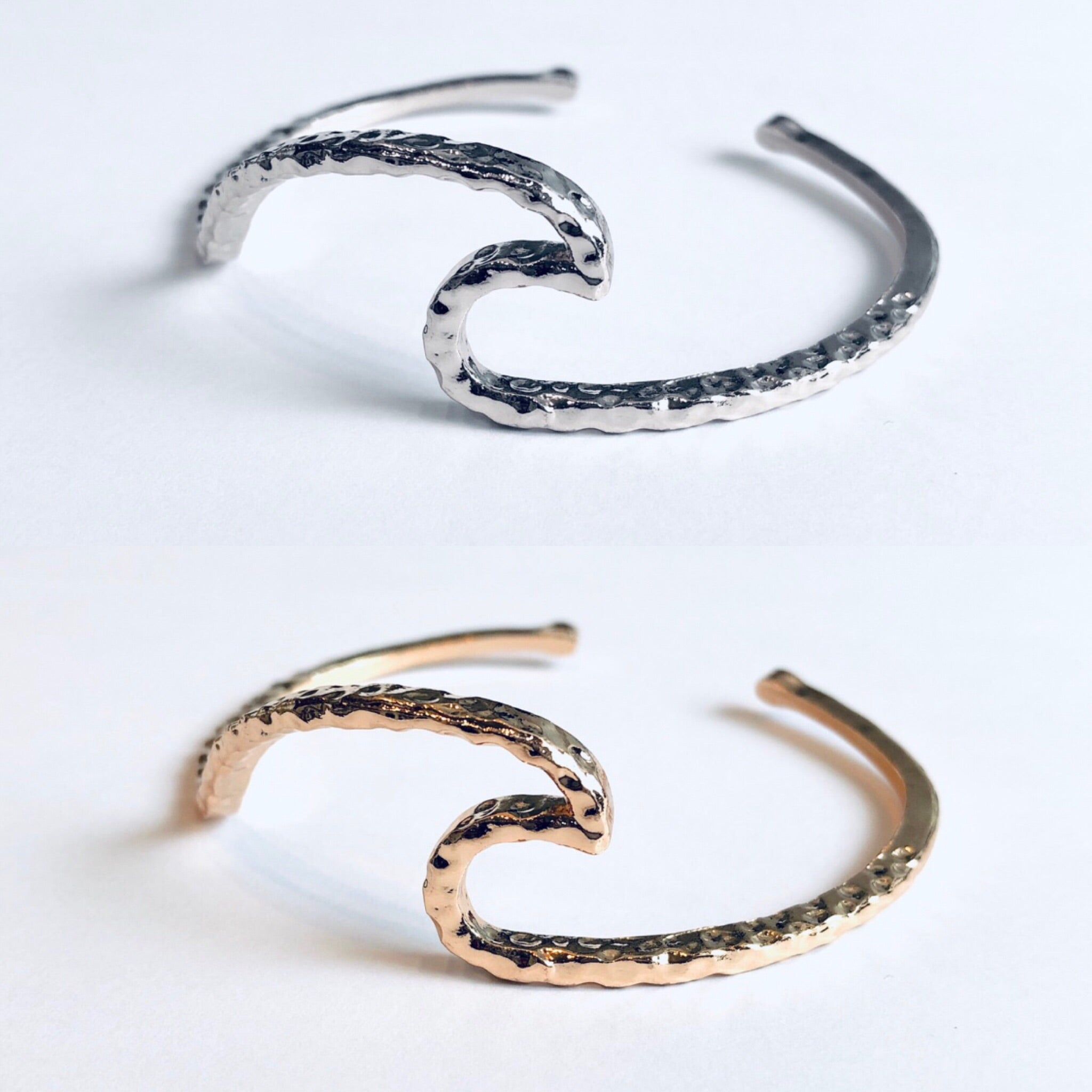 HRM Spring 2019 Journey 'Ripple Effect' Bracelet Bangle in gold or silver