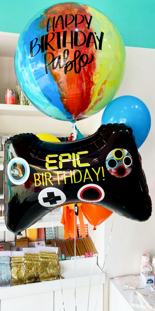 Bouquet Burbuja Grande Pintada + Epic Party Game Controller + Piñateros