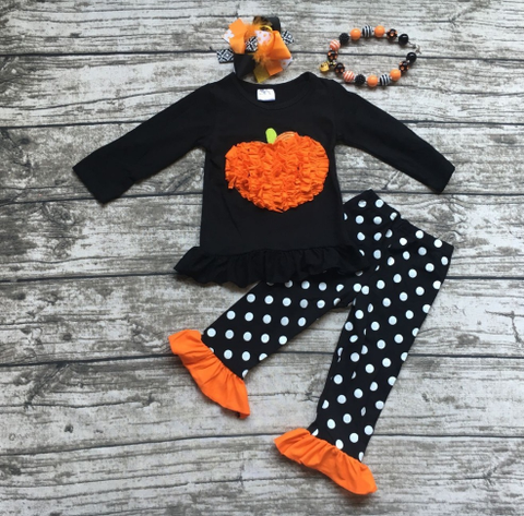 Ruffle Pumpkin Set with Accessories
