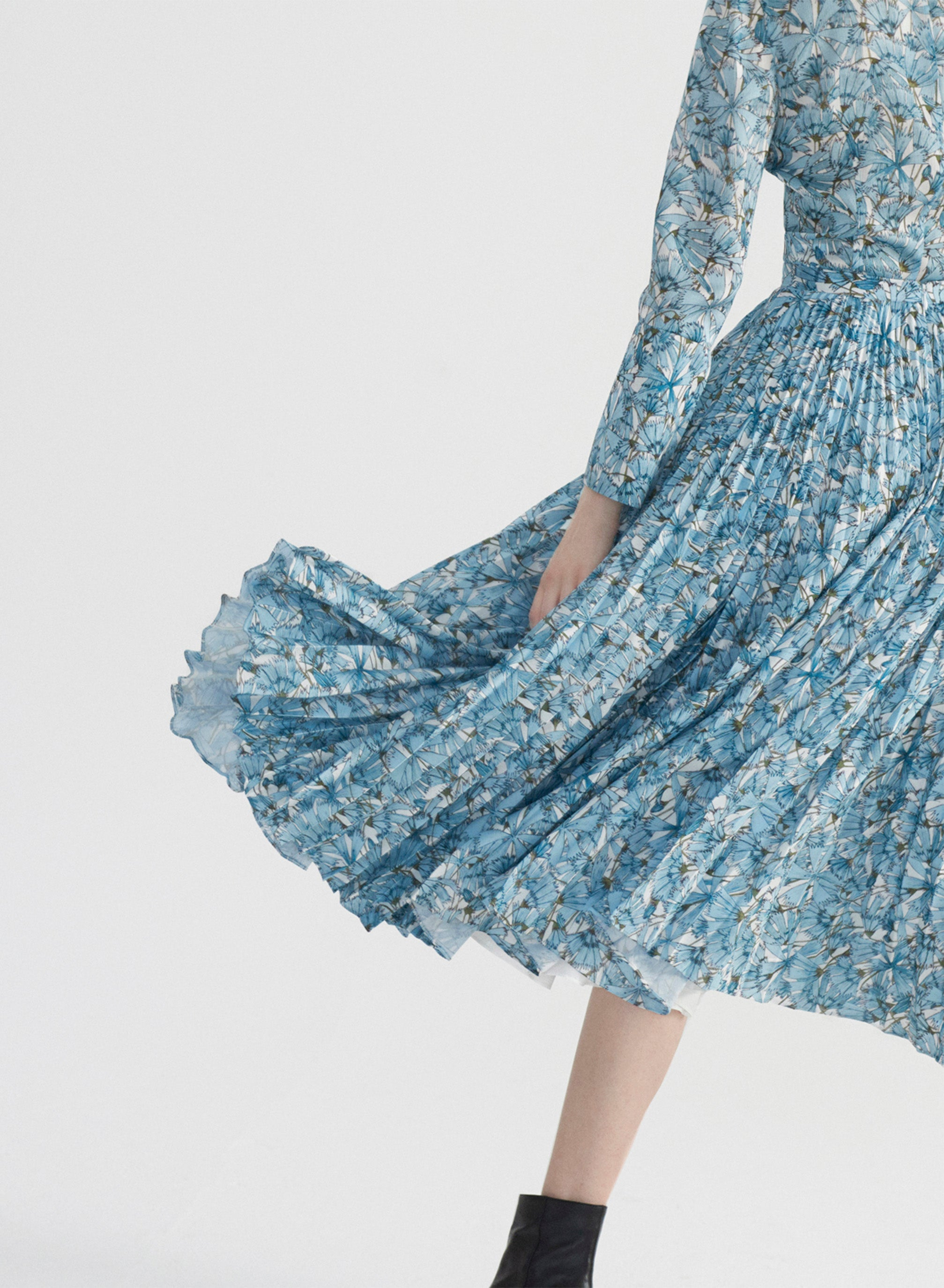Blue Cosmos Pleat on Pleat Skirt