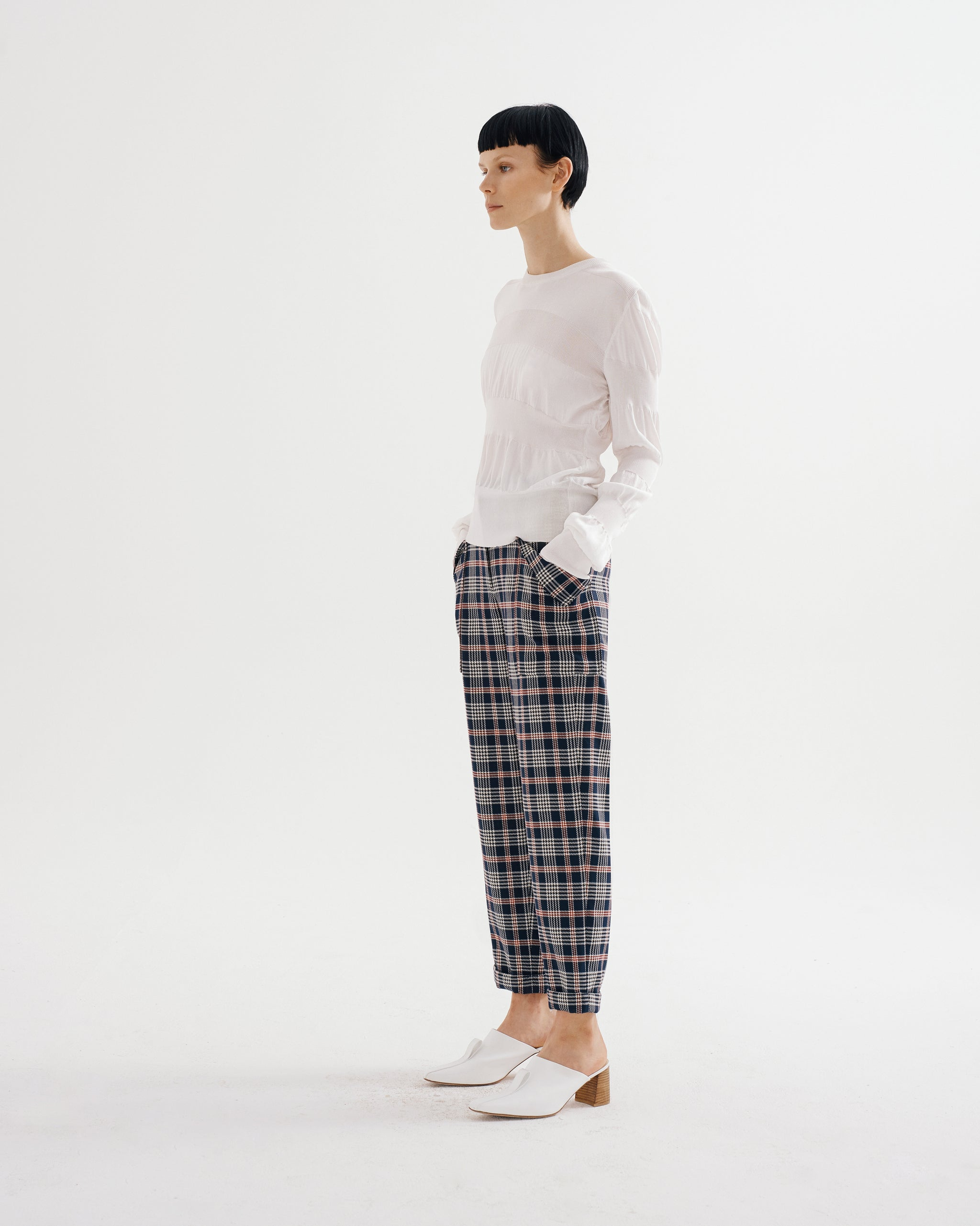 Patch Pocket Rolled Trouser