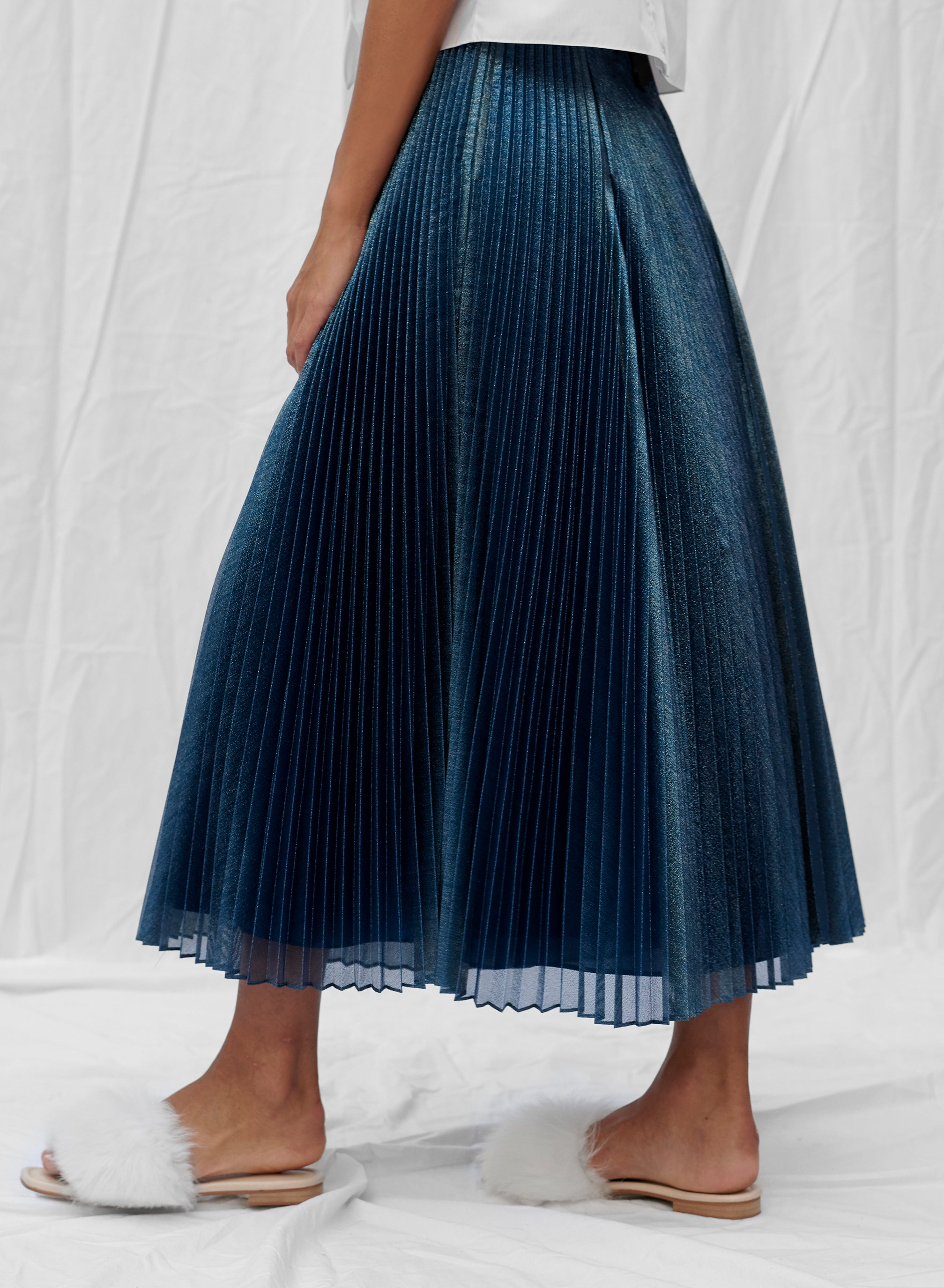 claudia li fall winter 2019 holiday pleated skirt in blue translucent metallic silk lurex voile