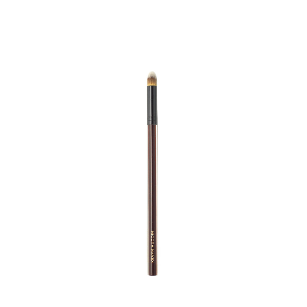The Blender Concealer Brush