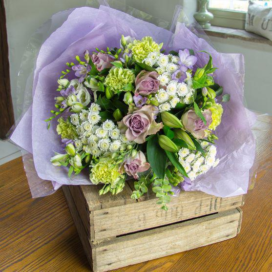 Laura - Lime And Lilac Bouquet