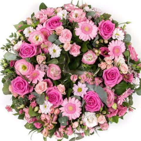 Vintage Pink Funeral Wreath Posy suitable for Mum. Salisbury Florists