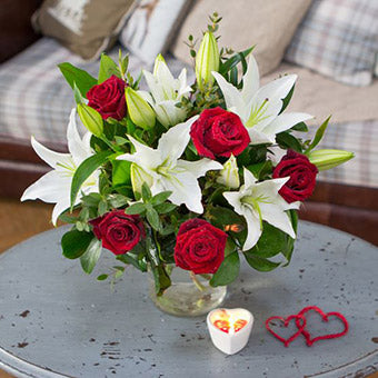Christmas Flowers - Prancer Rose and Lily Bouquet.