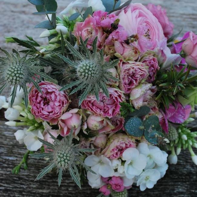 Lavells - Luxury Vintage Pink Bouquet
