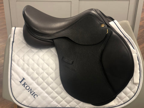 Adam Ellis Chloe Jump Saddle