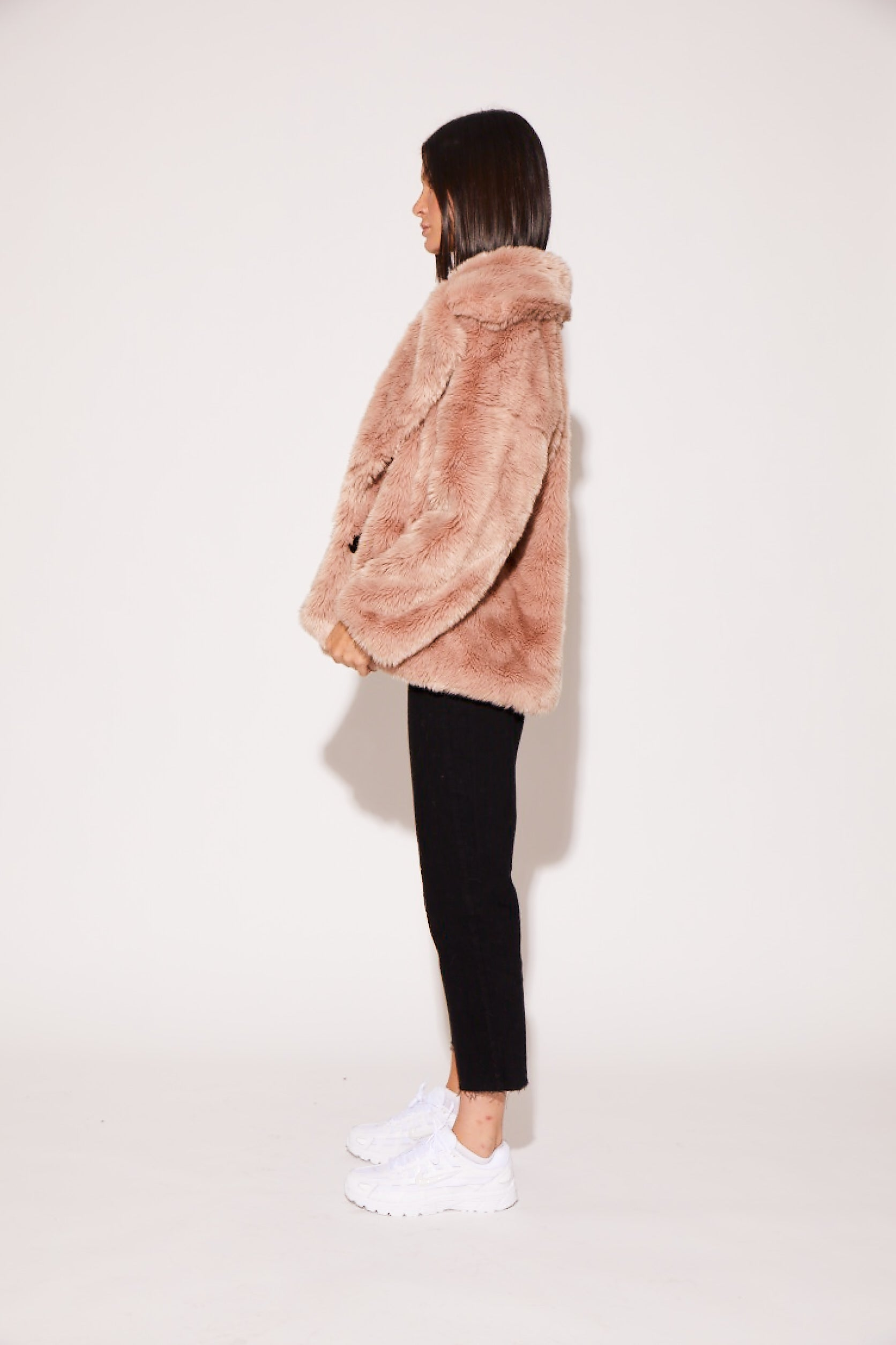 shaci blush faux fur jacket