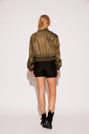 shaci-cropped-buckle-bomber
