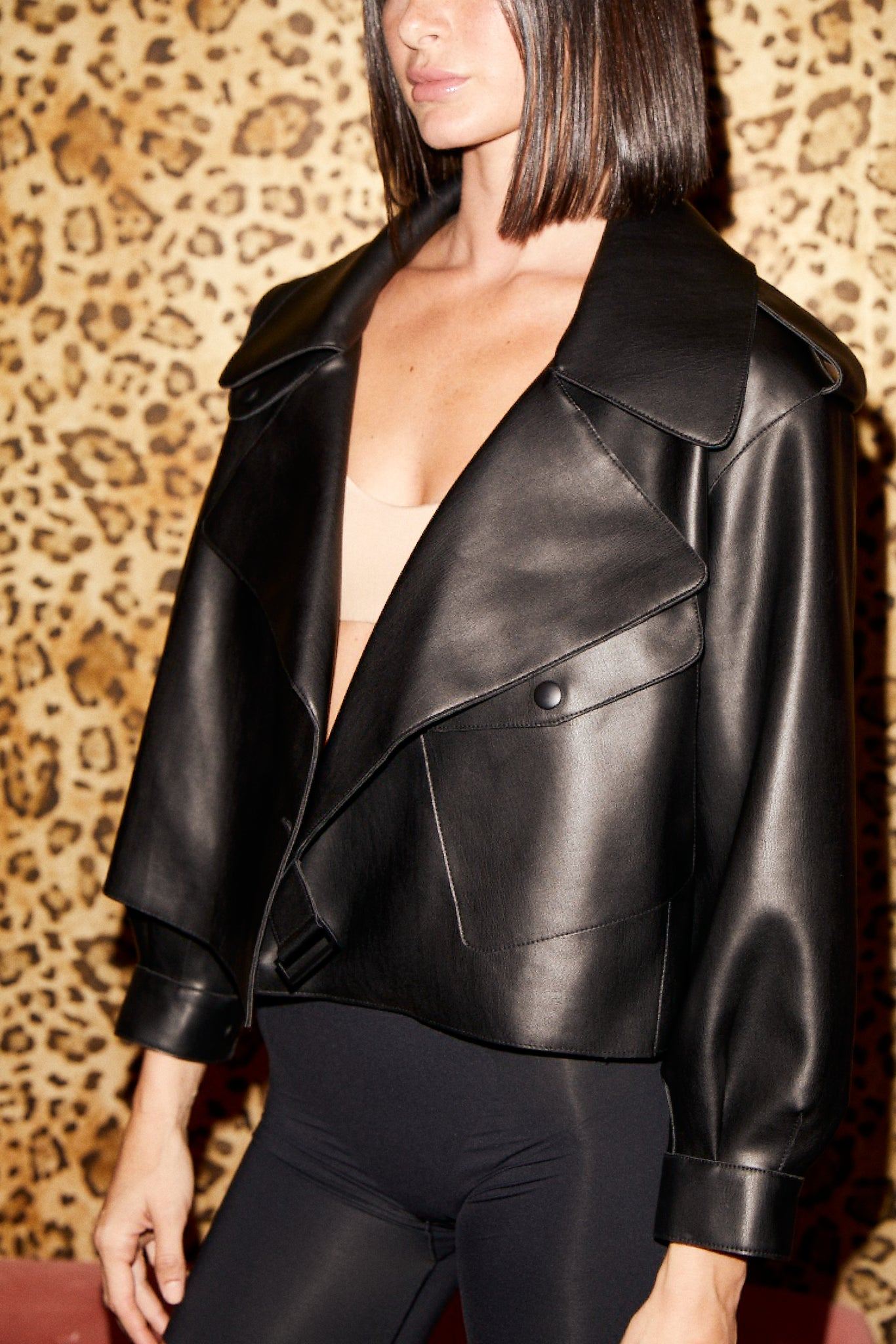 SHACI Matignon faux leather jacket in black with clip and pockets. Comfortable, cozy, breathable, lightweight, fitted.