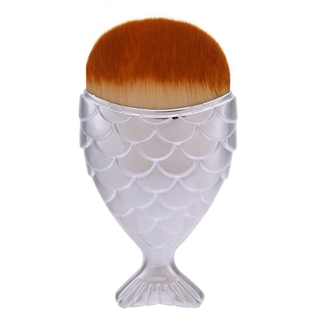 1pc Mermaid Foundation Brush Fish Scale Makeup Brushes Professional Foundation Powder Blush Brush Contour pinceis de maquiagem
