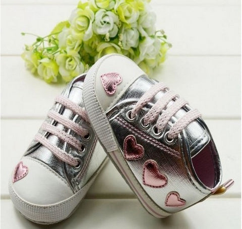 Walking Sneaker Toddler Baby Girl Silver Crib Heart Soft Shoes  0-18 M