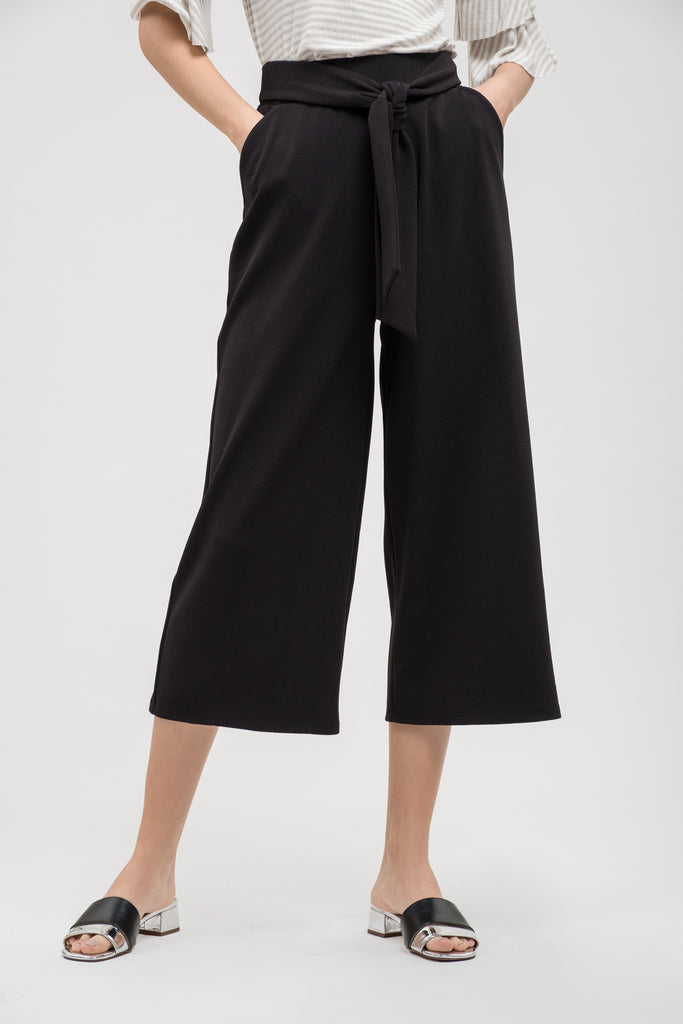 Pants, Cropped front tie pants, Blu Pepper, $40.00, NARIE Clothing, belt, BELTED PANTS, black, black pants, CROPPED, CROPPED PANTS, Doe & Rae, FRONT TIE, Narie clothing, PANTS, trousers, $40.00, ,