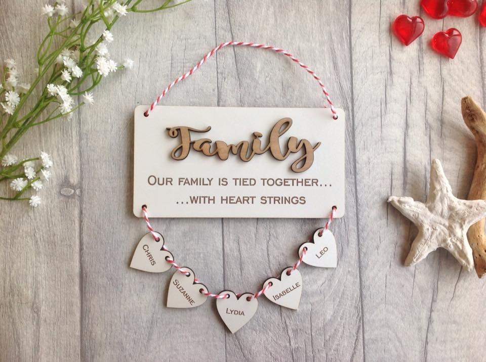 Family heart strings personalised plaque - Fred And Bo